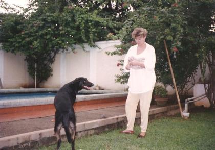mit meiner Hündin Cleo in Jakarta, ca. 1988